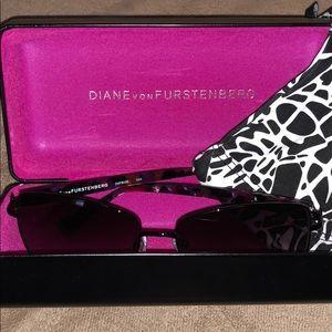 Diane von Furstenberg sun glasses